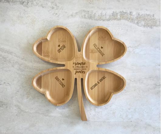 Petisqueira de Bambu Trevo Personalizada