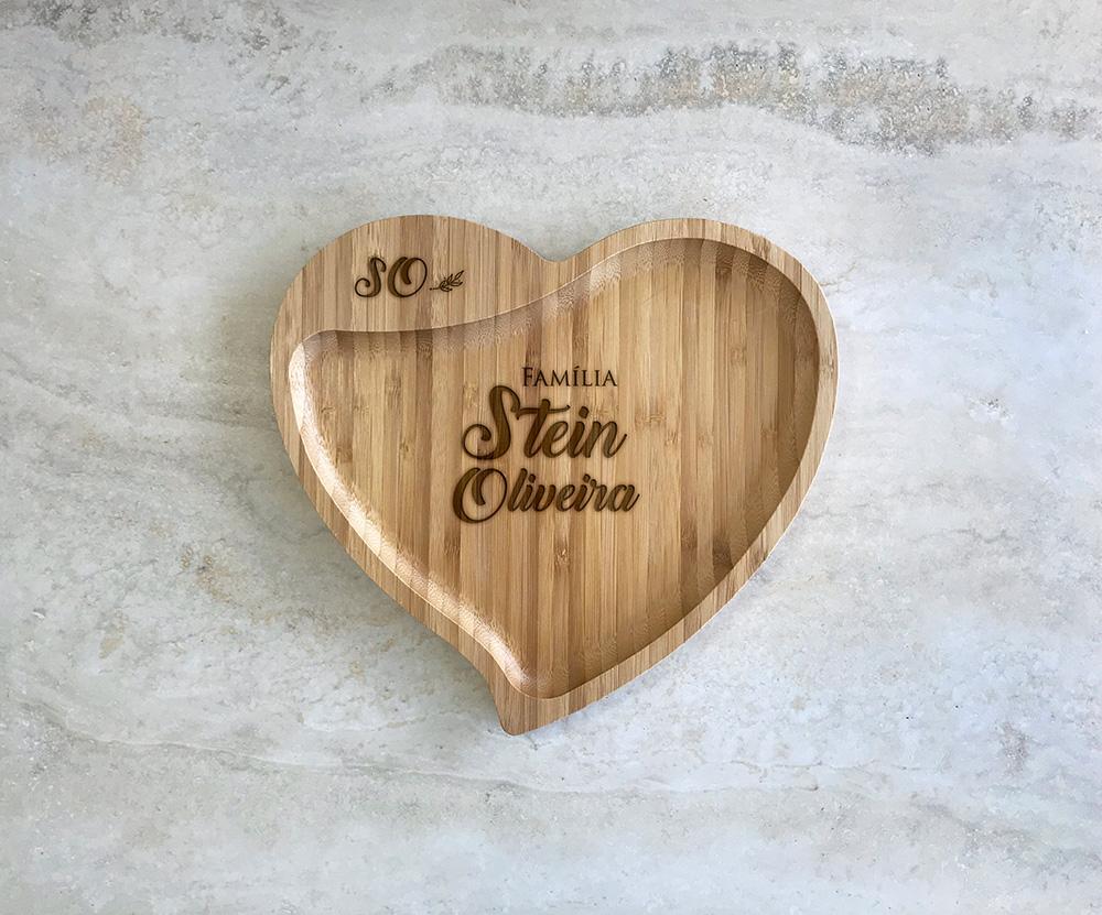 Petisqueira de Bambu Coração Personalizada 05