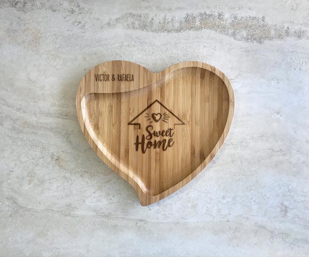 Petisqueira de Bambu Coração Personalizada 07