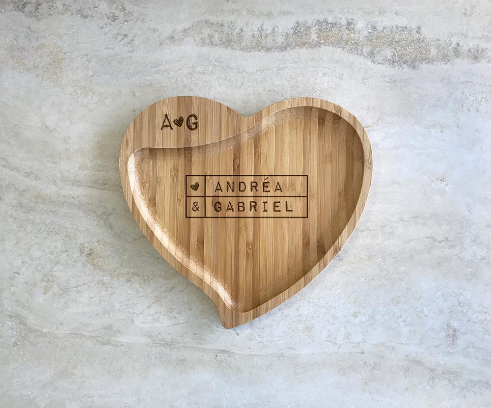 Petisqueira de Bambu Coração Personalizada 09
