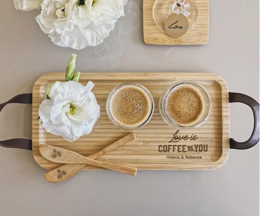 Kit Café Bandeja P, 2 Copos para café e 2 Espátulas