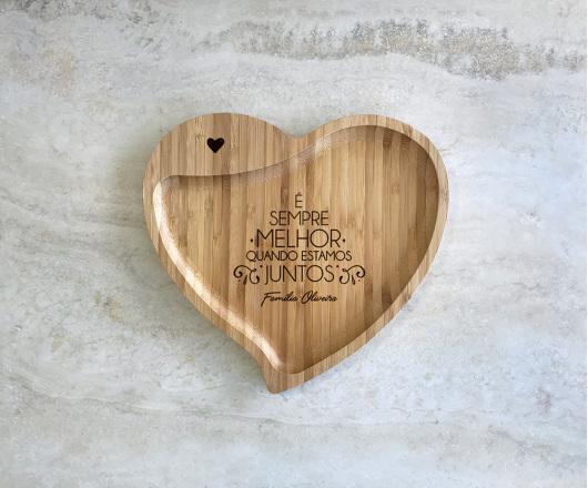 Petisqueira de Bambu Coração Personalizada Natal