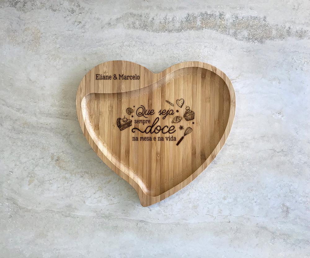 Petisqueira de Bambu Coração Personalizada 20