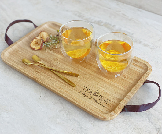 Kit Chá com Bandeja M, 02 Colheres e 02 Copos de Parede Dupla 250 ml