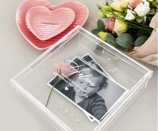 Caixa de Memórias Acrílico Cristal 20 x 20 cm Dia das Mães
